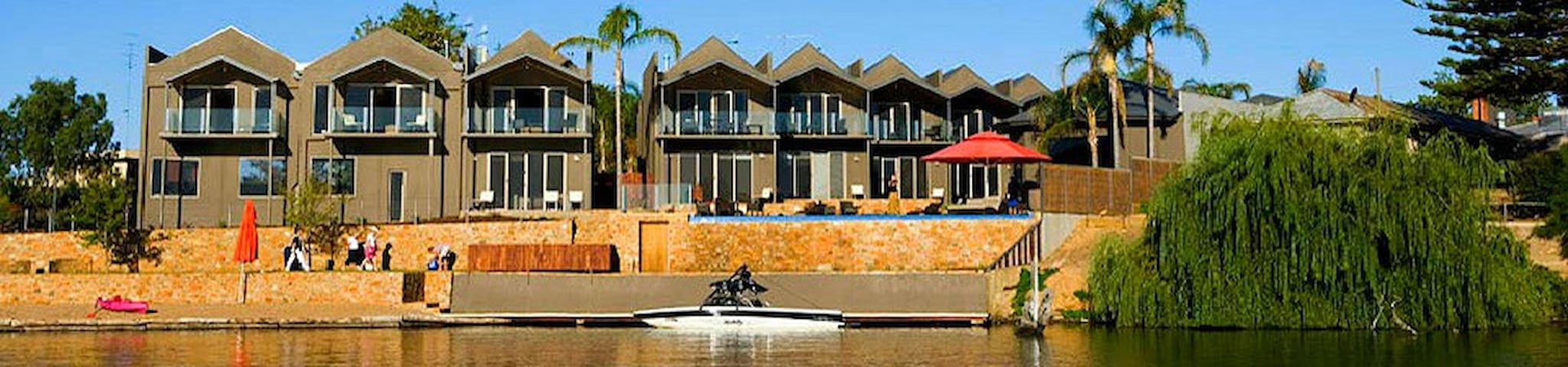 The Jetty Lake Nagambie 3 bedroom Apartment