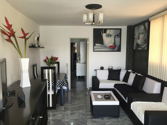 PentHouse, 1 habitación, Vedado Hab - Havana - Leilighet