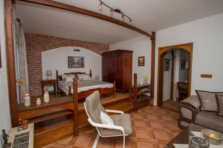 Apartment Maestral - In the city center