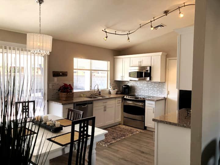 Light & Bright Arizona Private Home