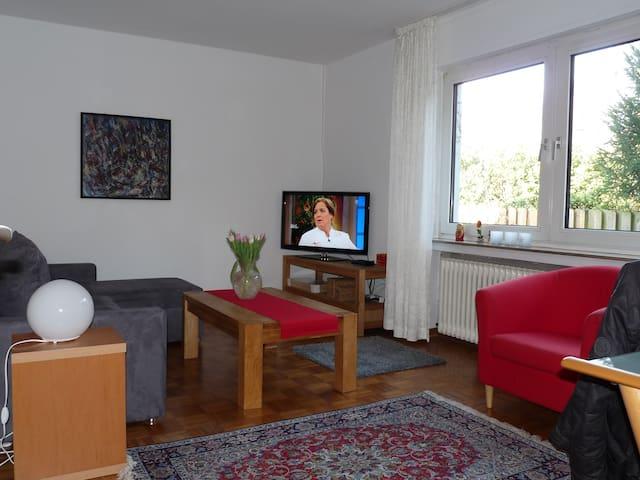 Gepflegte Wohnung, Lemgo/Bad Salzuflen jew. 10 Min - Lemgo