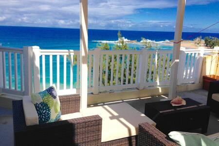 Luxury Penthouse- Ocean Front! - Isabela - アパート