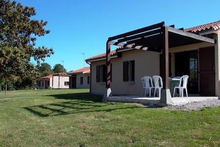 Villa 6 personnes - Moncontour