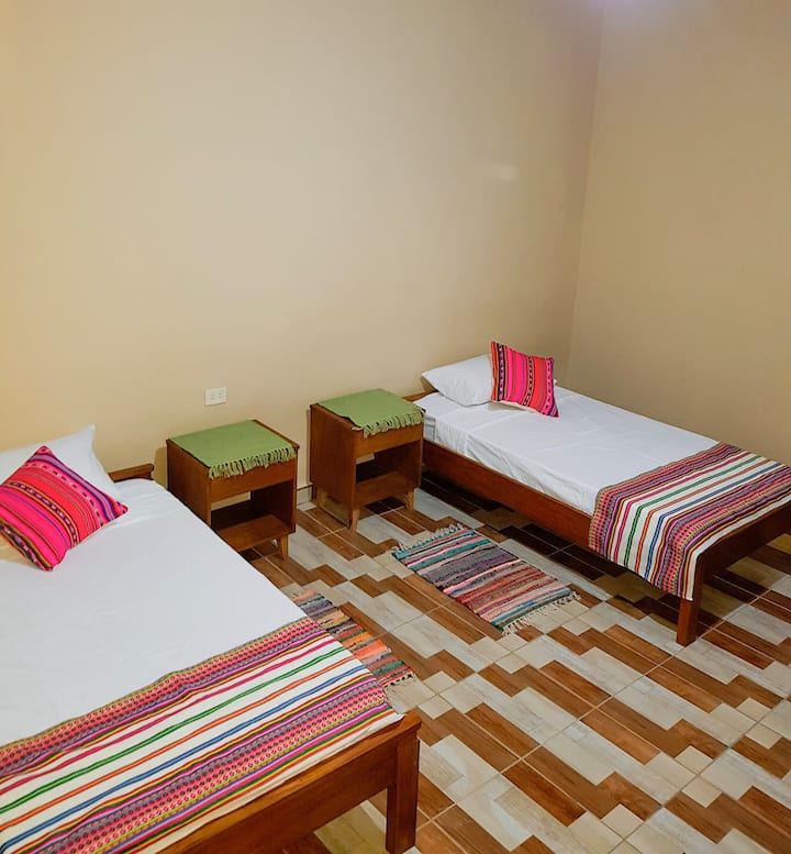 Spacious, comfortable and central room 2 beds