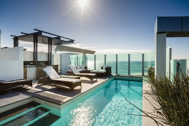 2 Bedroom Sub Penthouse Oceanview with Private Pool