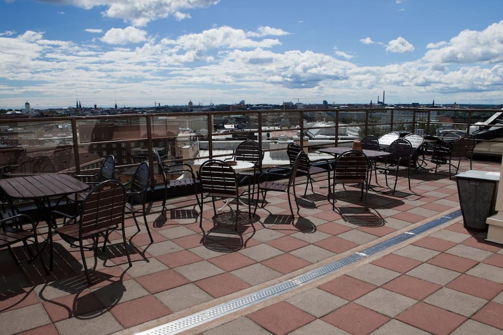 The rooftop terrace of the building is free to use from 7am to 11pm.