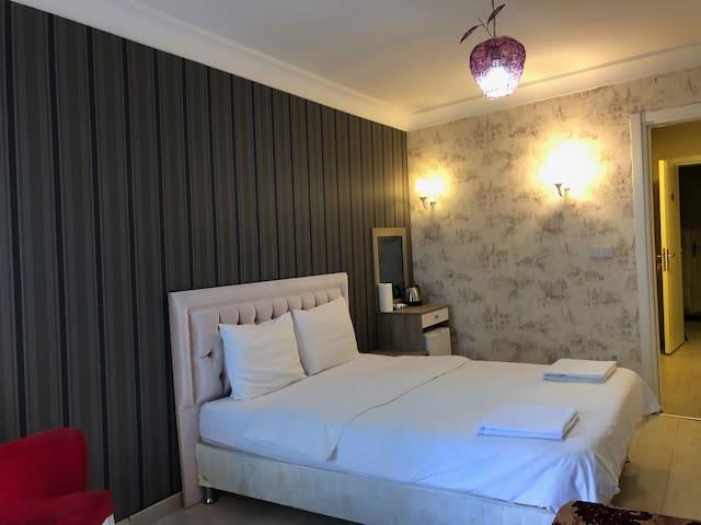 Galata Cozy Studio w private bathroom & balcony