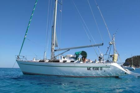 A vela in Sardegna, costa Est (9-15 Luglio) - Olbia - Barca