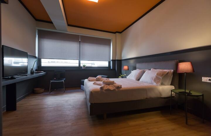 Deluxe triple room- Still Athens hotel