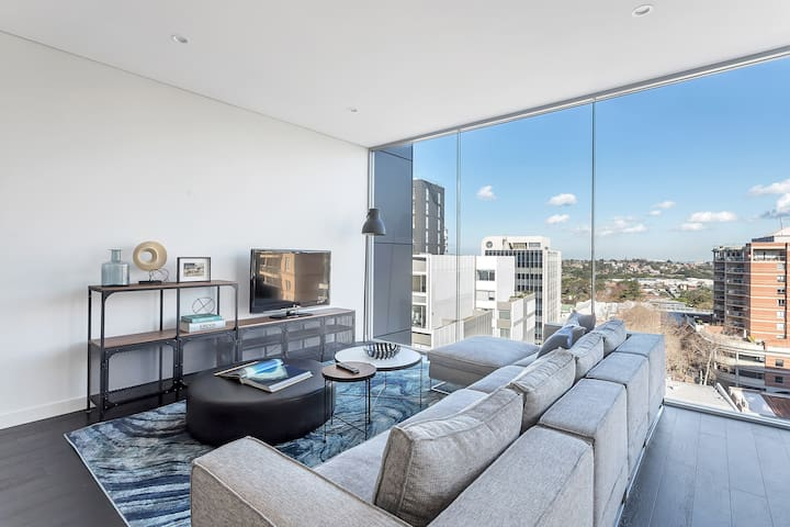 STUNNING BRAND NEW 2 BED APARTMENT // BONDI JUNCTION // FREE PARKING