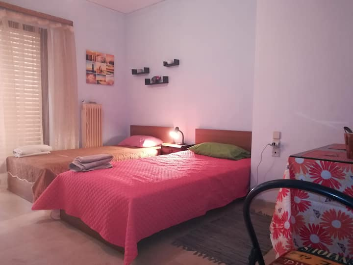 Small studio, perfect located in Heraklion center