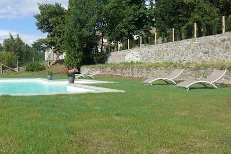 villa degli ulivi appartamento con piscina 2 - Viterbo