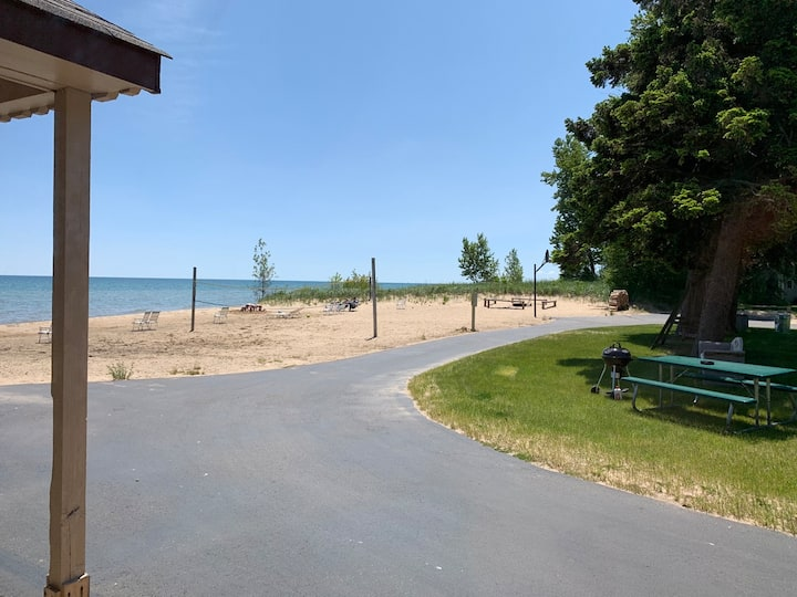 Lake Huron Resort · Private Beach Cottage No. 6