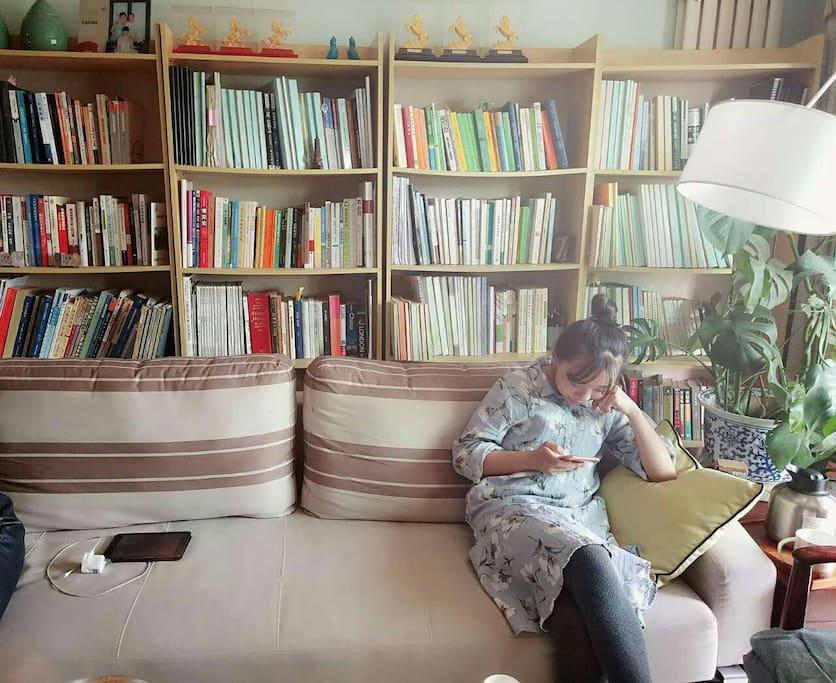 一楼客厅书架