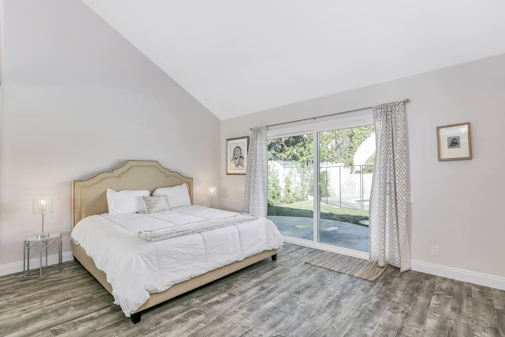 Master bedroom 1 with King bed