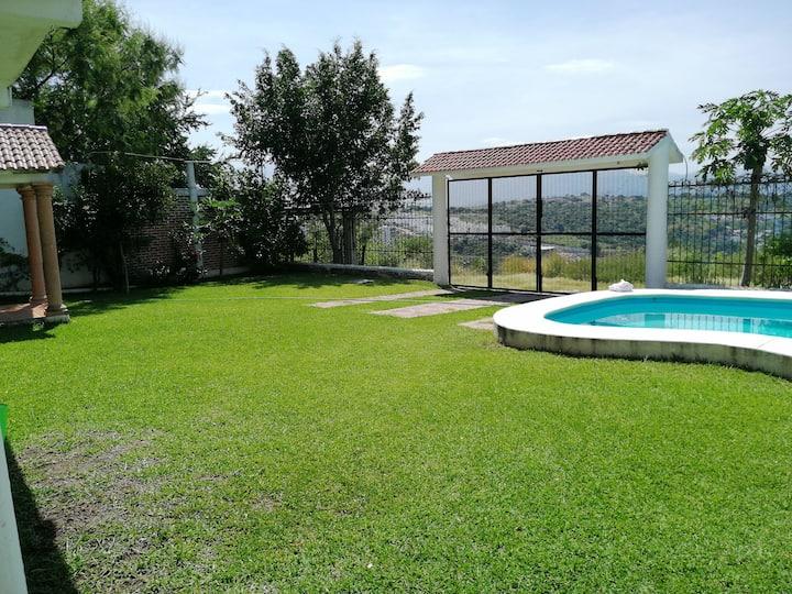 Casa vista al lago de Teques