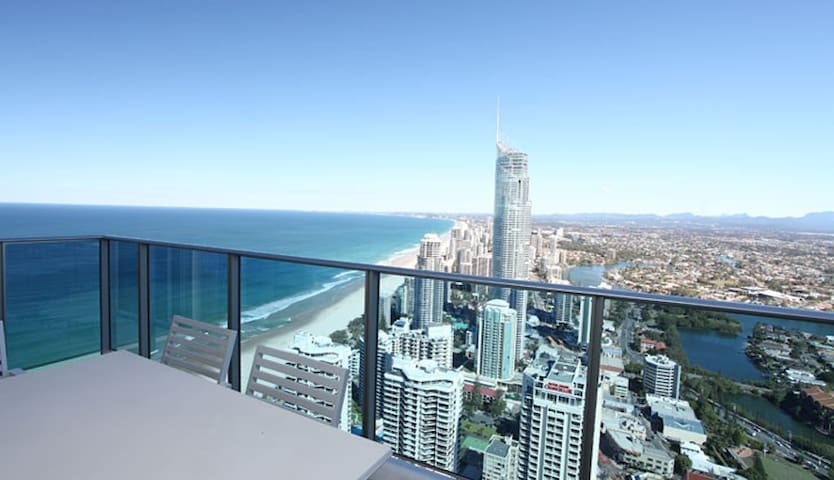 3 Bedroom with Stunning Views at The H Residences - Surfers Paradise - Appartement
