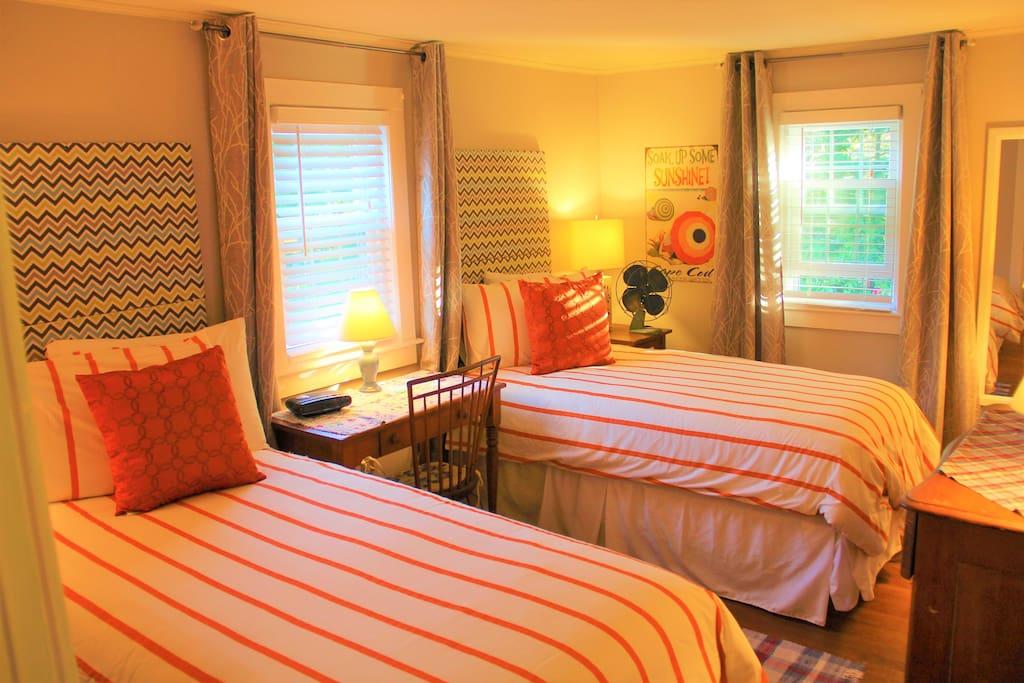 Twin Beds,  Room