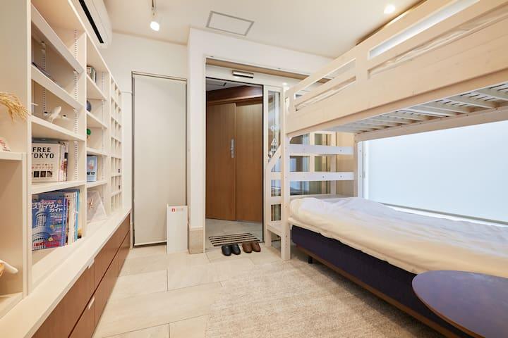 1階客室 / 1樓客廳 / 1st floor room / ห้องนั่งเล่นชั้น 1 / 1 층 거실입니다
