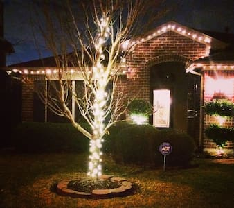 YOUR PERFECT SUPER BOWL HOME! - Baytown