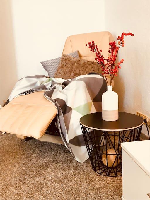 Elektrischer Sessel mit Liegefunktion zum Relaxen
