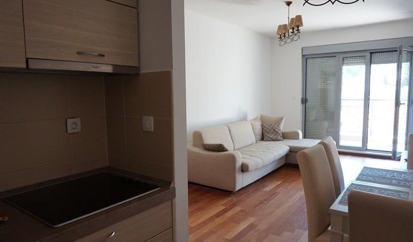 Квартира на первой линии в Петроваце - Petrovac