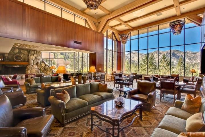 HYATT! Squaw Resort 4 star amenities Ski in/out