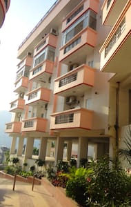 Entire apartment with Hill View - Rishikesh - Apartment