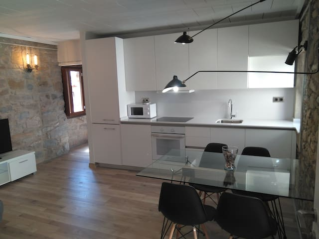 Apartament a Tremp, restaurat  estil industrial