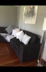 2 bed 1 bath Queensland home - Virginia - Hus