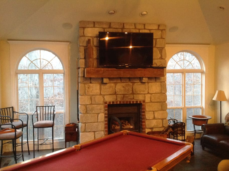 wood burning fireplace and large screen TV (Directv)