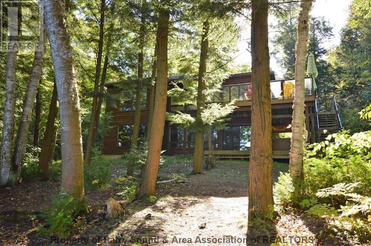 Muskoka Silver Pines Cottage - Parry Sound - Cabaña
