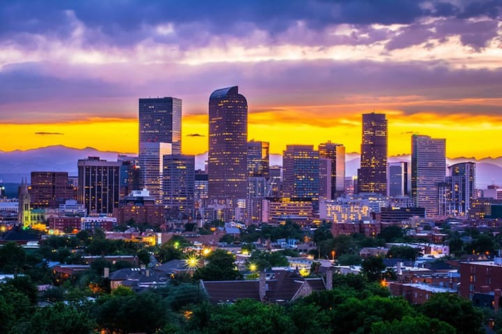 Cap. Hill ~ Awesome Central Denver Location!