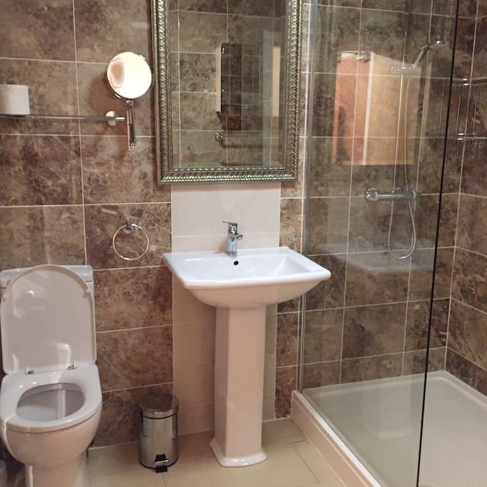 Shower room, large walk in shower
