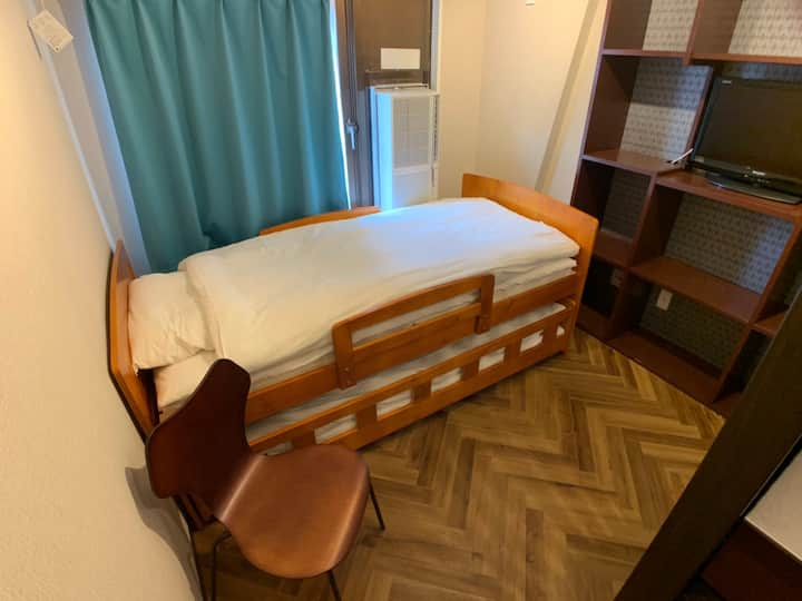 1min from Station/Newly renovated/Free Wifi/307
