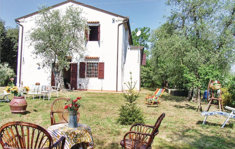 Holiday cottage with 4 bedrooms on 200 m² in Forcoli-Palaia PI