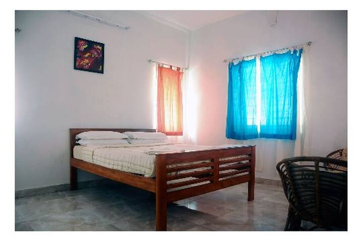Double Room @Mahaballipuram