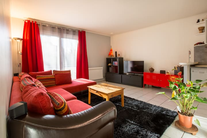 Charming 2p - Ideal for couple, near station
