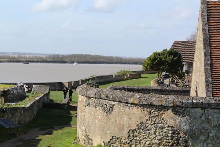 Citadelle de Blaye Casernement Rue Bastion 7 - Blaye