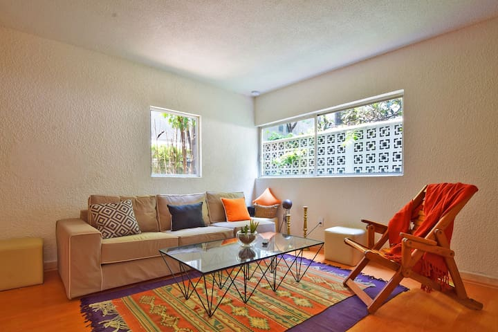Cozy & quiet apartment in the heart of La Condesa