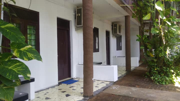Dormitory Room for 4, Arugam Bay, Siam View Hostel