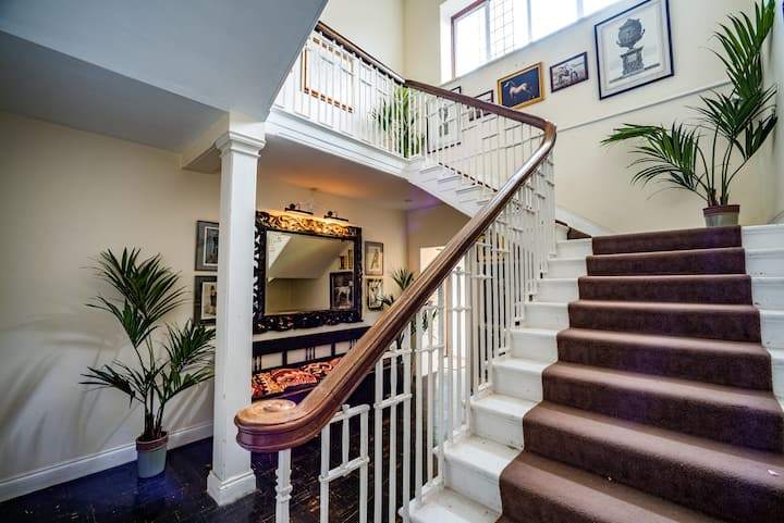 The Observatory / 4-bed home on Osea Island, Essex