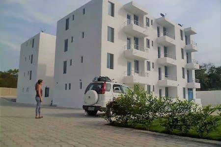 Hermoso departamento 2 habitaciones Playa Tonsupa - Tonsupa