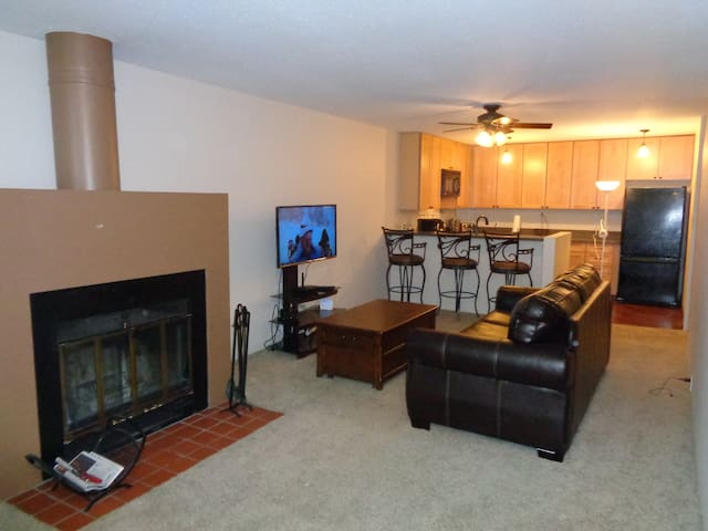 Convenient East Vail Condo steps to free bus stop