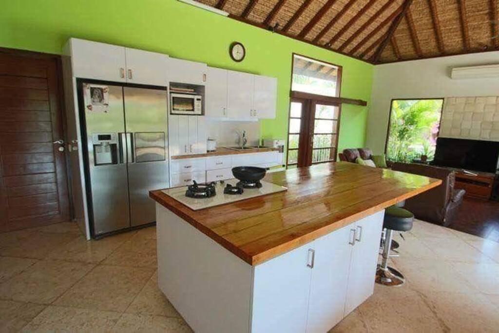 Loulabalivilla_kitchen