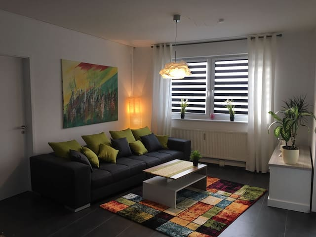 Unterwegs wie zu Hause ! Pension Berliner Allee - Langenhagen - Guesthouse