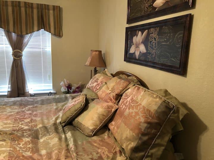 Relaxing guest room.