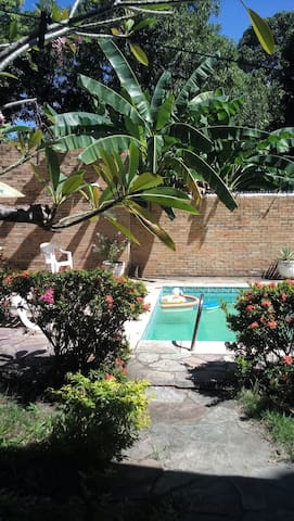 Nice suite&breakfast in trop garden - Olinda - House
