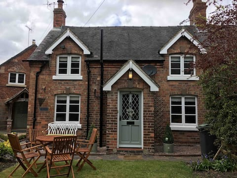 Cottage near to Alton Towers and the Peak District