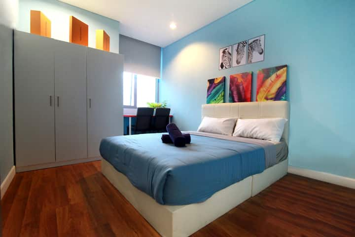 Master Bedroom in Shared Apt @ Summer Suite KLCC